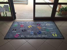 Fußmatten individuell bedrucken lassen und verschenken, zum Beispiel als Abschiedsgeschenk.