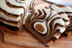 Our Gourmet Recipes: Zebra Cake Recipe Fudge Recipes, Gourmet Recipes, Sweet Recipes, Cake Recipes, Dessert Recipes, Zebra Cakes, Food Cakes, Cupcake Cakes, Baby Cakes