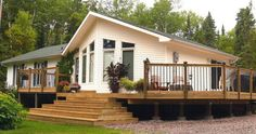 Prefab homes and modular homes in Canada: Guildcrest Homes Source by beautifulhouses Home Building Design, Building A House, Prefab Homes Canada, Prefabricated Houses, Modular Homes, Tiny House, House Plans, Cottage, Cabin