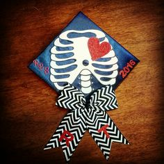 Graduation should be celebrated as the day of success, a long and challenging process. The result of many years of … Radiology Schools, Radiology Humor, Graduation Cap Designs, Graduation Cap Decoration, Medical Technology, Technology Design, Technology Logo, Radiologic Technology, Graduation Balloons
