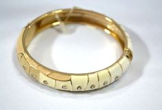 Bracelete delicado branco com pedras - Vanguarda Blog&Shop