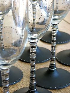Got Bubbly?  Chalkboard champaign flutes from Chic Chalk Designs