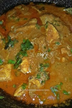 Dhaba Style Chicken Curry with step by step photos recipe - Very easy and simple recipe to follow. This chicken is delicious curry from northern India...flavored with aromatic spices in onion-tomato base thick gravy, that is mildly spicy and tastes great with Naan or Paratha or Rice.
