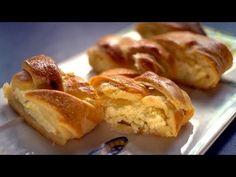 Borbás Marcsi szakácskönyve - Kígyórétes (2020.01.12.) - YouTube Lidl, French Toast, Chicken, Breakfast, Youtube, Food, Morning Coffee, Essen, Meals
