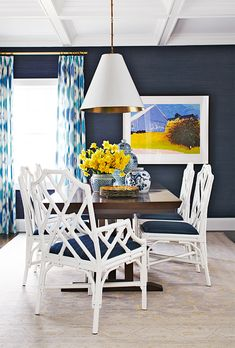 Colors you're probably overlooking - navy grasscloth dining room - whi Dining Room Blue, Dining Room Design, Dining Table, Dining Rooms, Chippendale Chairs, Dining Room Inspiration, Bedroom Inspiration, Blue Rooms, Blue Walls