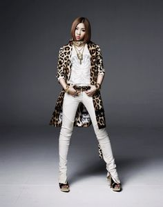 "2NE1′s Minzy gifts fans with a cover of ""Hosanna"" and ""Don't You Remember""..."