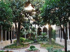 secret church garden / Valencia / 2009 / Spain