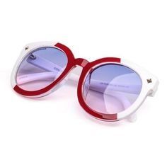 These sunglasses are the perfect must-have accessory for any vintage look featuring an oversized round sunglasses shape for additional coverage and a touch of r Oversized Round Sunglasses, Color Lenses, Round Frame, Sunglass Frames, Hyde, Sunglasses Women, Street Style, Empty, Accessories