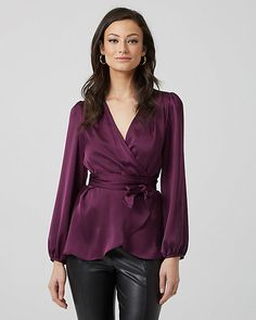 Satin V-Neck Wrap Blouse - A wrap-like silhouette flatters your figure, while satin lends rich style to this dressy blouse with puff sleeves. Blouse Styles, Blouse Designs, Rock Chic, Casual Skirt Outfits, Fall Outfits, Rocker, Pinterest Fashion, Satin Blouses, Blouse Outfit
