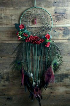 Beautiful And Stunning Dream Catcher Ideas The legend of a dream c. - Beautiful And Stunning Dream Catcher Ideas The legend of a dream catcher is originate - Dream Catcher Decor, Dream Catcher Boho, Making Dream Catchers, Dream Catcher Mobile, Diy Tumblr, Fun Crafts, Diy And Crafts, Arts And Crafts, Los Dreamcatchers