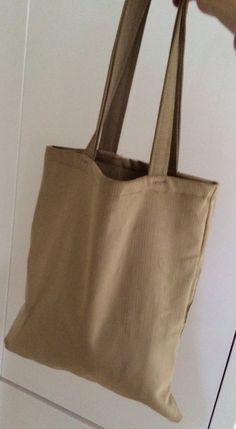 Van een restje stof deze tas gemaakt