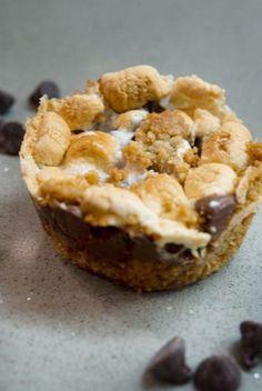 Golden Graham S'more Bars - Macaroni and Cheesecake