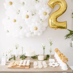 Baby Girl Birthday, First Birthday Parties, Birthday Party Themes, Birthday Ideas, Daisy Party, Party Mottos, Festa Party, Birthday Decorations, Party Planning