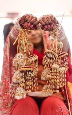 "Photo from album ""Wedding photography"" posted by photographer Avinash Birambole Indian Weddings, Real Weddings, Asian Inspired Wedding, Muslim Culture, Lehenga Wedding, Lehenga Saree, Mehendi, Southern, Wedding Inspiration"