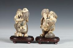 TWO JAPANESE IVORY FIGURES OF FISHERMEN. - 4 1/4 in. high.