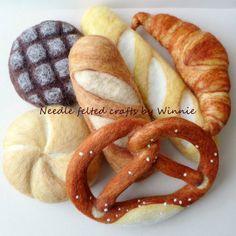 Nadel gefilzt Brot Leben Größe handgemachte von FunFeltByWinnie