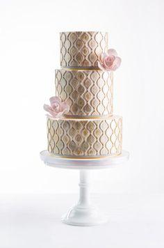 By AK Cake Design