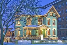 The Kalamazoo House Bed and Breakfast -- Glowing reviews on Trip Advisor