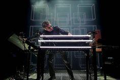 "soultrainonline.de - CONCERT REVIEW: Jean-Michel Jarre – Live – ""Electronica"" Worldtour 2016 – Kunstwerk aus Klang und Licht!"