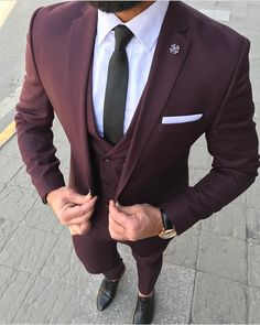 burgundy suit men prom - burgundy suit men - burgundy suit - burgundy suit wedding - burgundy suit men wedding - burgundy suit men prom - burgundy suits for men - burgundy suit men outfits - burgundy suit wedding groom attire Mens Fashion Suits, Mens Suits, Suit Men, Fashion Hats, Fashion Clothes, Costume Bordeaux, Terno Slim Fit, Burgundy Suit, Mode Costume