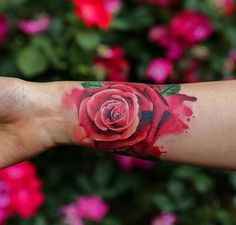 watercolor wrist rose tattoo bilek dövmesi kırmızı gül