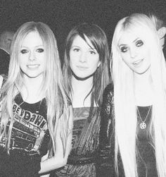 taylor momsen the pretty reckless hayley williams paramore avril lavigne Taylor Momsen Style, Taylor Michel Momsen, Taylor York, Avril Lavigne, Estilo Hayley Williams, Rainha Do Rock, Tennessee, Paramore Hayley Williams, Women Of Rock