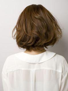 """Ich liebe es, wenn sie mir sagen: """"Ich glaube, ich will es kurz machen."""" Aber ich liebe mehr, wenn sie in den Spiegel schauen und sie LIEBEN! Short Bob Hairstyles, Pretty Hairstyles, Haircuts, Medium Hair Styles, Natural Hair Styles, Shot Hair Styles, Asian Hair, Hair Beauty, Beauty Box"""