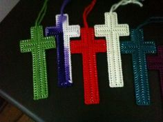 I make these crosses to give away.
