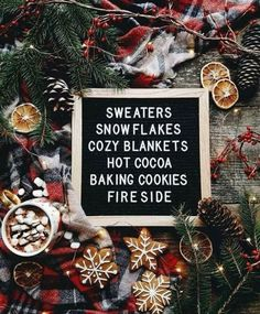 Christmas Aesthetic - Cozy Lights Disney Vintage Christmas Wallpaper Ideas Looking for inspiration and great mood with Christmas aesthetic ideas? Save my collection of these Christmas lights aesthetic, wallpaper and sweater ideas. Christmas Mood, Merry Little Christmas, Noel Christmas, Christmas Quotes, All Things Christmas, Vintage Christmas, Christmas Movies, Christmas Images, Christmas Flatlay