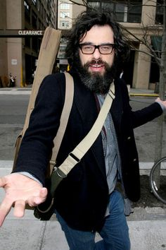 Jemaine Clement Photos Photos: Jermiane Clement Out and About Jemaine Clement, Flight Of The Conchords, Comedy Duos, Taika Waititi, Emily Bronte, Press Tour, Boy Pictures, People, Shadows