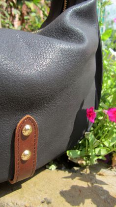 #Slate #Caro, #Chiaroscuro, #MadeInIndia, #PureLeather, #Handbag, #Bag, #WorkshopMade #Leather #Casual #Vintage #Crossbody #Sling #Black #ShoulderBag http://chiaroscuro.in/products/slate-caro