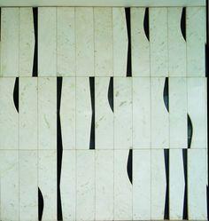 Ronaldo Fraga e Athos Bulcão - Handmade tiles can be colour coordinated and… Floor Patterns, Tile Patterns, Textures Patterns, Oscar Niemeyer, Mosaic Tiles, Tiling, Geometric Shapes, Surface Design, Wall Design