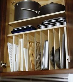 Ne lésinez pas sur la multiplication des compartiments dans vos placards