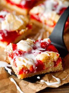 Cherry Dream Bars... These are absolutely AMAZING! Plus, it only requires about 10 minutes of prep time with ingredients you probably already have on hand! Cherry Desserts, Cherry Recipes, Just Desserts, Delicious Desserts, Yummy Food, Cherry Dream Bars Recipe, Cherry Pie Bars, Fruit Bars, Brownies