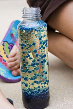 Crafts To Do With Kids this summer.  Fun lava lamp that glows in the dark!  Sleepover fun, it's simple to make at home