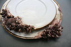Bottom Feeder Salad Plate par MaryOMalleyCeramics sur Etsy, $325.00