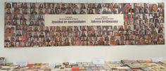"""Exposición de documentos y cartel de gran formato a favor de la 'Igualdad de oportunidades / Aukeren berdintasuna' elaborado con fotografías de mujeres que han visitado la Biblioteca de Navarra y han prestado su imagen desinteresadamente. ---------------------------------------------- Dokumentu-erakusketa eta 'Nafarroako Liburutegia bisitatu duten eta bere irudia eskuzabalki utzi duten emakume argazkiez landutako """"Aukeren Berdintasunaren"""" alde formatu handiko kartela."""