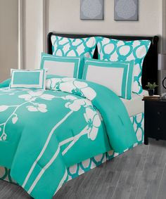 Another great find on #zulily! Caribbean Green Orchidea Reversible Overfilled Comforter Set by Duck River Textile #zulilyfinds