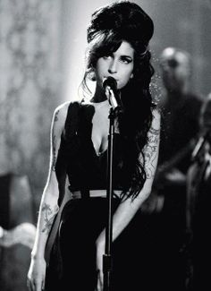 Amy Winehouse in concert
