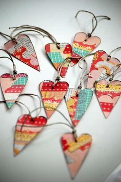 hang on light strings Valentine Day Crafts, Love Valentines, Valentine Ideas, I Love Heart, Handmade Tags, Paper Crafts, Diy Crafts, Scrapbook Embellishments, Heart Art