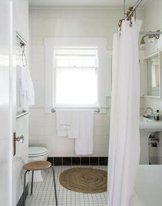 Bathroom Makeovers For Renters 7 style secrets from rental bathrooms that you can't spot as