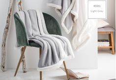 Príjemná francúzska deka svetlo sivej farby Powder Pink, Wardrobe Rack, Blanket, Furniture, Stockholm, Design, Home Decor, Decoration Home, Room Decor