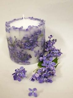 Loving this flowers in the wax candle decoration.lilacs are my absolute favorite flower, this would bring me such joy!Beautiful handmade candles make a gorgeous addition to any bedroom.Looking for some of the best scented candles?A leafy link – Art Unique Candles, Beautiful Candles, Diy Candles, Scented Candles, Pillar Candles, Vanilla Candles, Lavender Candles, Candle Art, Candle Lanterns