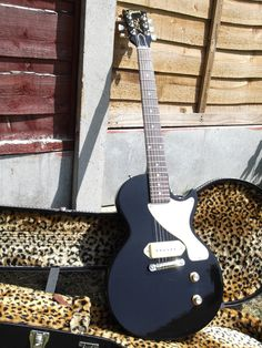 "Customized Billy Armstrong ""signature"" Les Paul Junior"