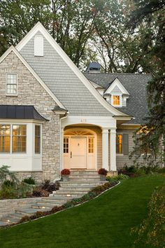 Cottage Exterior traditional exterior, design by Stonewood, LLC. Those entry steps, retaining wall. Exterior Paint Colors, Exterior House Colors, Exterior Design, Paint Colours, Muted Colors, Houses With Stone Exterior, Brick Colors, Facade Design, Door Design