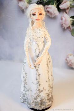 КрИсталл - купить или заказать в интернет-магазине на Ярмарке Мастеров - EXS0JRU. Санкт-Петербург   Кукла выполнена из запекаемого пластика в… Elsa, Princess, Disney Characters, Jelsa