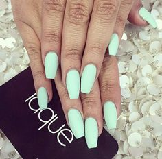 Simple teal nails