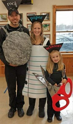 59 Family #halloween Costumes That Are Clever, Cool And Extra Cute | Huffington Post #coolhalloweencostumes #halloweencostumes