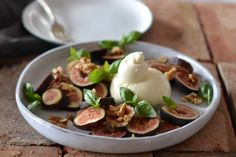 Maggie Beer's Figs with Burrata and Extra Virgin Olive Oil