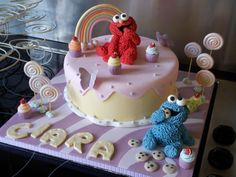 Sesame street cake / Baby elmo and baby cookie monster